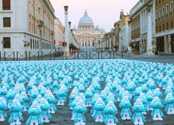 invasão de smurfs em roma